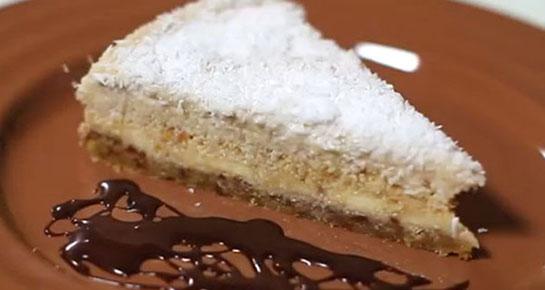 VIDEO: Osvježavajuća sirova torta od banane, kokosa i badema