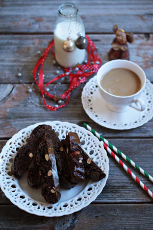 Čokoladni cantucci i ricciarelli