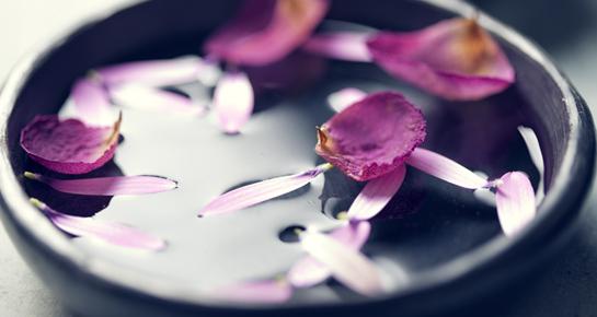 Umivanje cvijećem za ljepotu i blagostanje