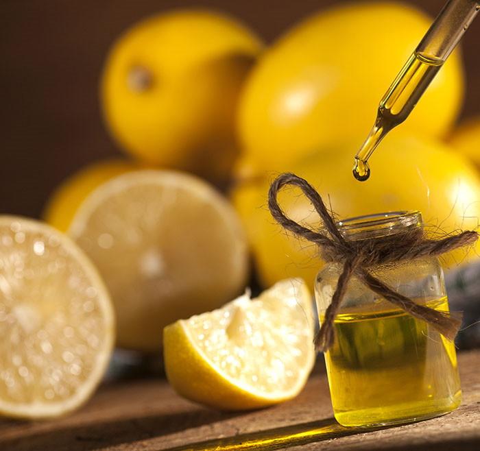 Muke po celulitu: 5 prirodnih pripravaka za finalni obračun s narančinom korom