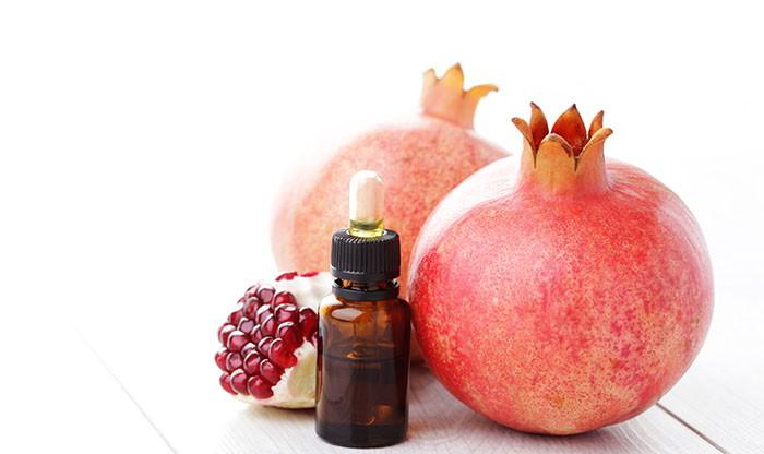 Prirodna anti-age kozmetika: Serum za lice i anti-age fluid