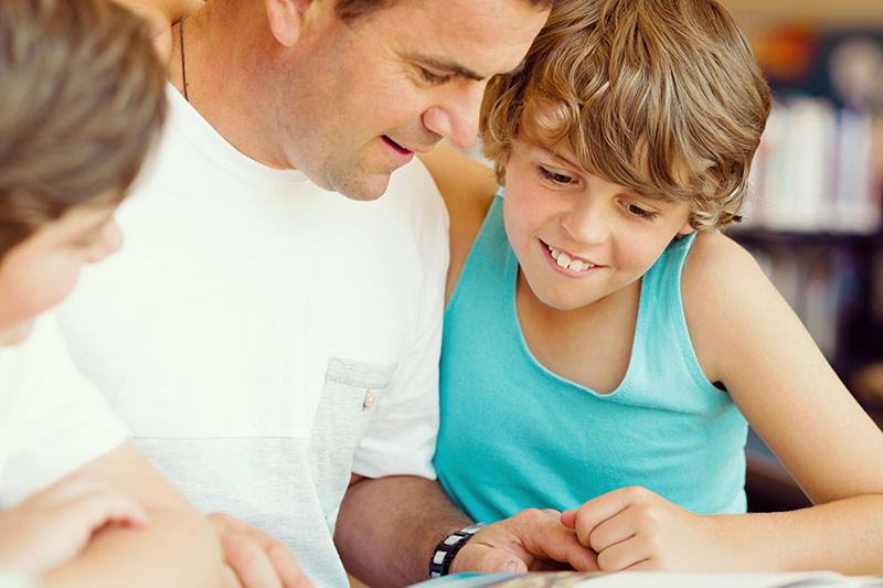 Disleksija, disgrafija, diskalkulija: Kada posumnjati da dijete ima poteškoće s učenjem?