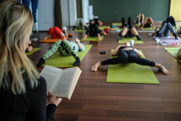 Intervju: Julie Montagu – Vinyasa Flow jogom i vježbama disanja do zdravlja