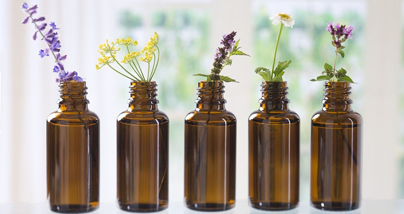 Sigurnost na prvom mjestu: Kako odabrati eterično ulje, njegovu dozu i primjenu?