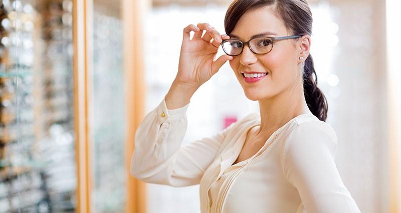 Naočale ili leće, pitanje je sad...