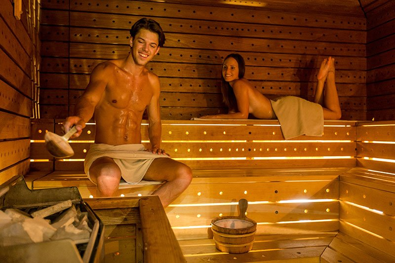 Pet razloga zašto vaše tijelo voli odlazak u saunu