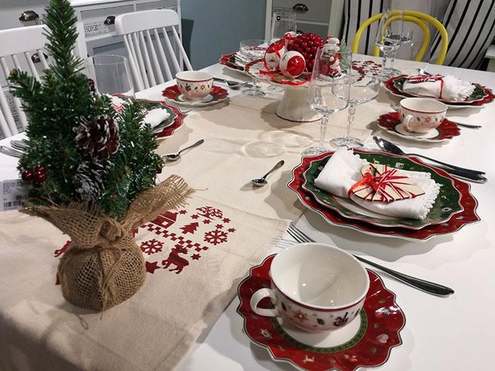 Sve tajne blagdanskog dekoriranja stola