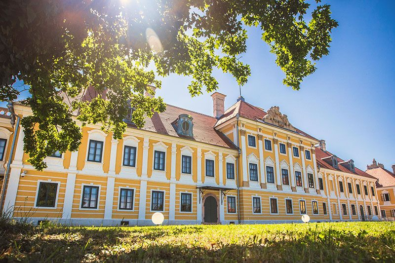 Inati se Slavonijo... kulturom Vukovara, Vučedola i Iloka