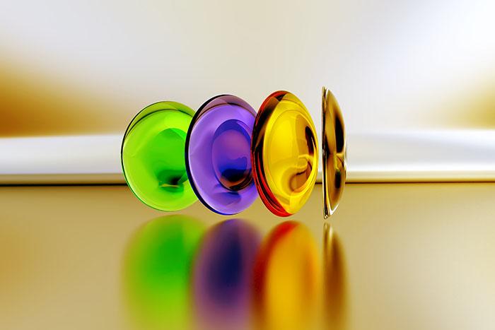 Leće u boji: kako ih odabrati, nositi i održavati?