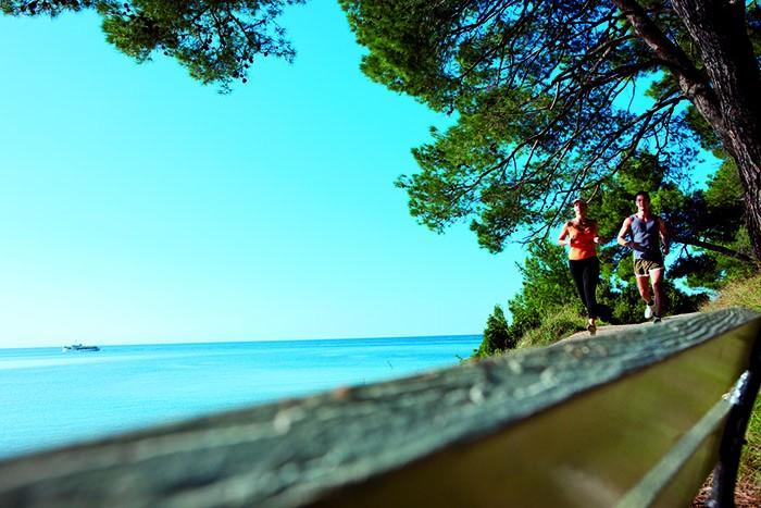 Lošinj izdao prvi turistički vodič o zdravstvenoj i wellness ponudi otoka vitalnosti