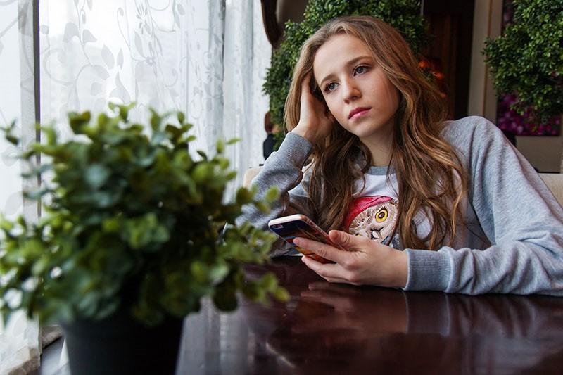 Evo kako prepoznati simptome depresije i anksioznosti kod tinejdžera