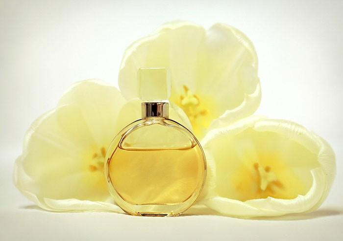 Mirisna šetnja globusom: Kakvi se parfemi nose u različitim dijelovima svijeta?
