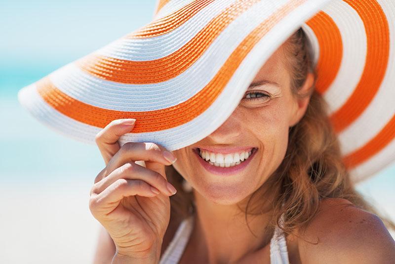 Kako pripremiti kožu lica za izlaganje suncu? Pomoću top tretmana iz Poliklinike Bagatin!