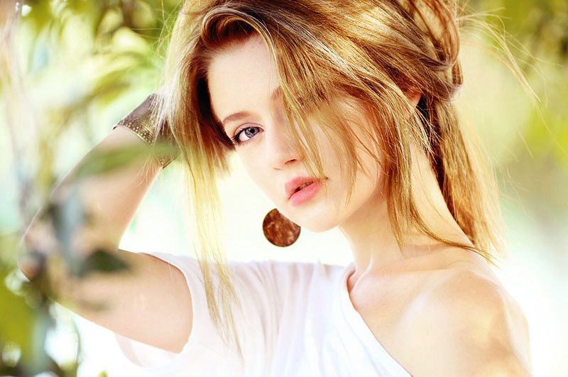 Lijepa kosa i na plaži: TOP proizvodi za njegu kose tijekom ljeta