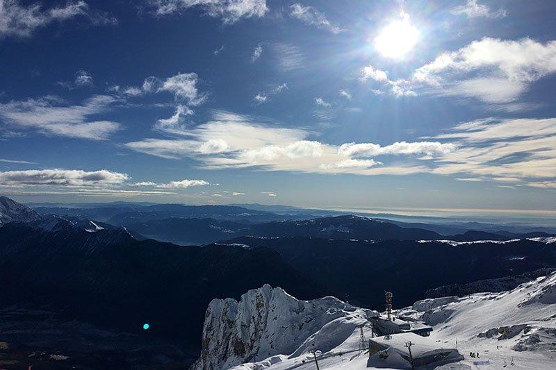 Ski centar Kanin oduševljava spektakularnim pogledom na more i Alpe