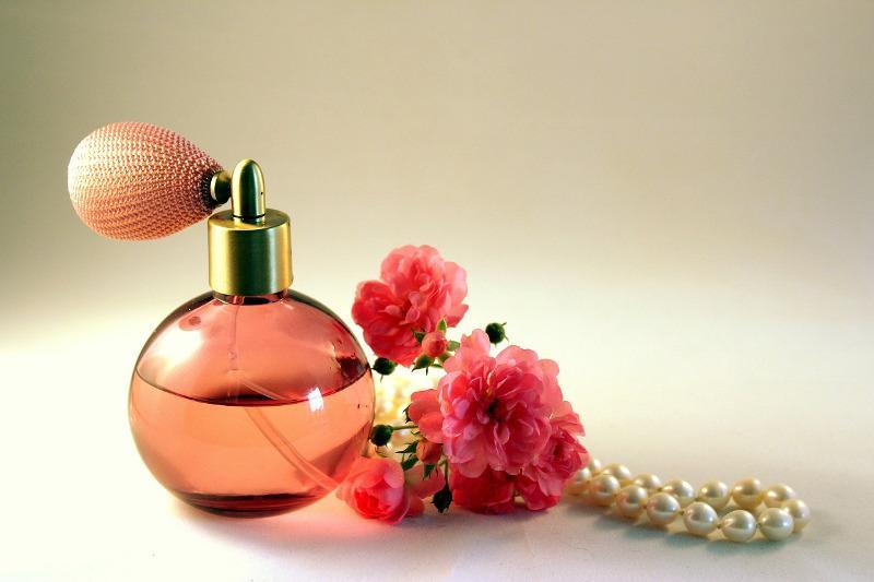 Izoštrite svoj njuh za najljepše mirise - stižu nam prirodni parfemi