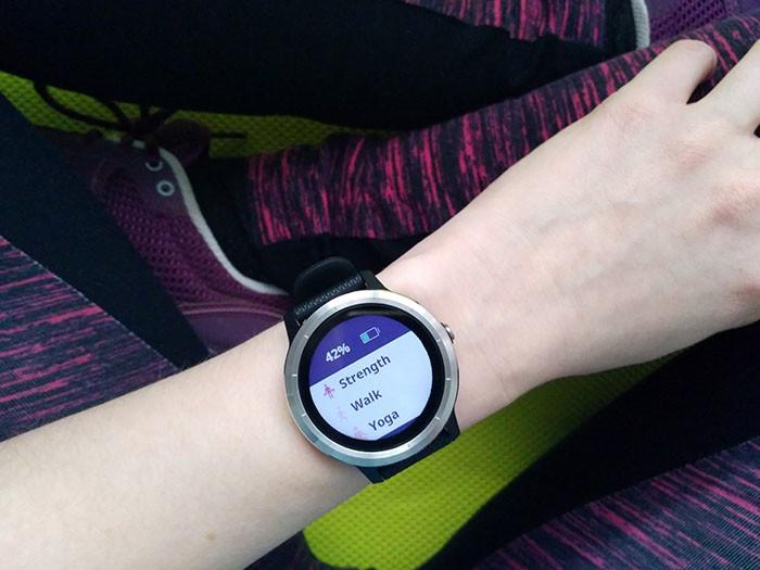 Isprobali smo Garmin vívoactive 3 - pametan sat osmišljen za aktivan stil života