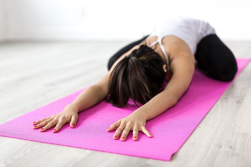 Muče vas bolovi u donjem dijelu leđa? Olakšanje donose ove joga poze