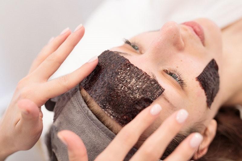 U salon IM Estetica stigla japanska beauty inovacija - Niponic metoda pomlađivanja kože