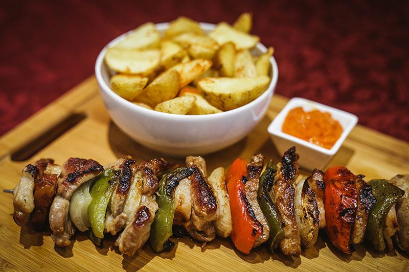 Okusi zlatne Slavonije - sve delicije lokalne i tradicijske kuhinje