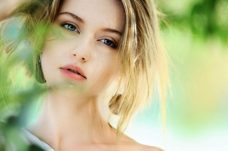 Ključni sastojci za njegu kože u svakom desetljeću