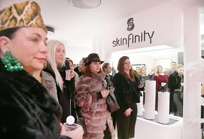 Skinfinity predstavlja Decollete - luksuzni serum za njegu vrata, dekoltea i grudi
