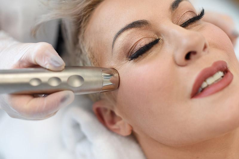 Svemogući ultrazvuk: Nenadmašan tretman kad je njega kože u pitanju