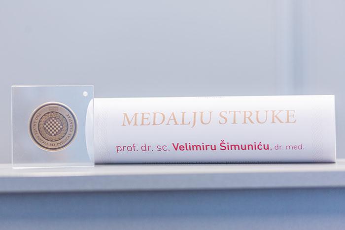 Prof. dr. sc. Velimir Šimunić: 'Donijeti novi život najveća je nagrada'