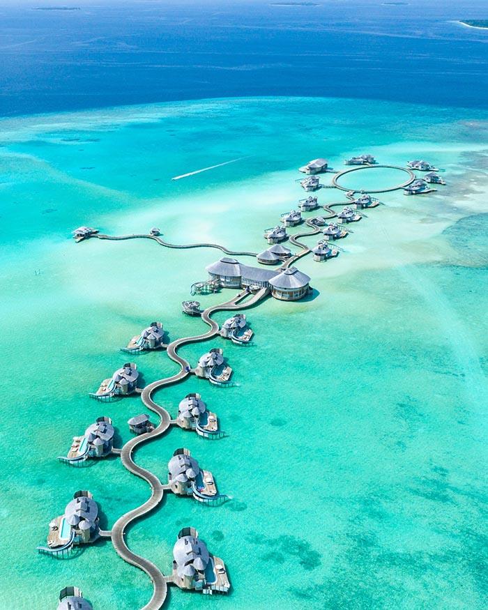 Zašto volimo vodene bungalove: 7 čarobnih destinacija za luksuzan odmor iznad vode