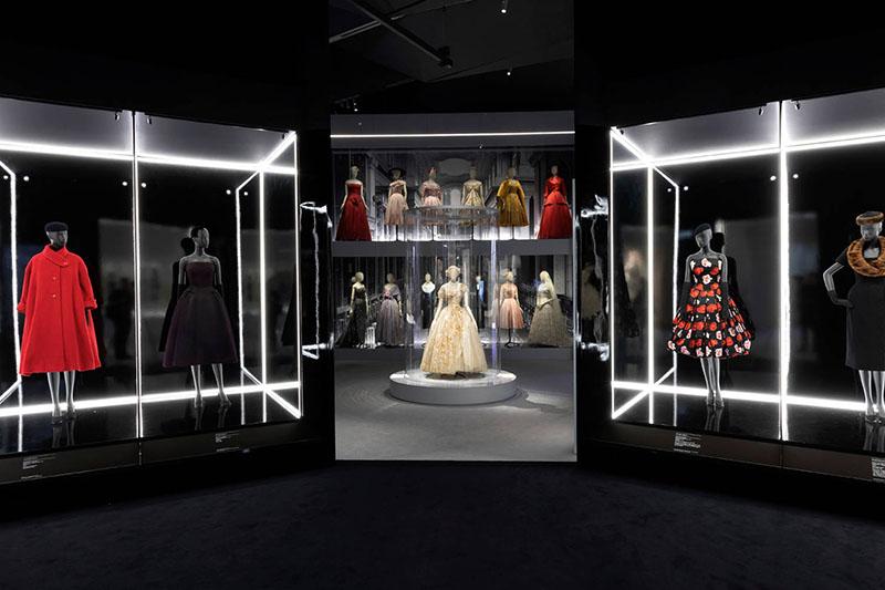 VIDEO: Victoria i Albert Museum mami sve ljubitelje mode izložbom o Christianu Dioru