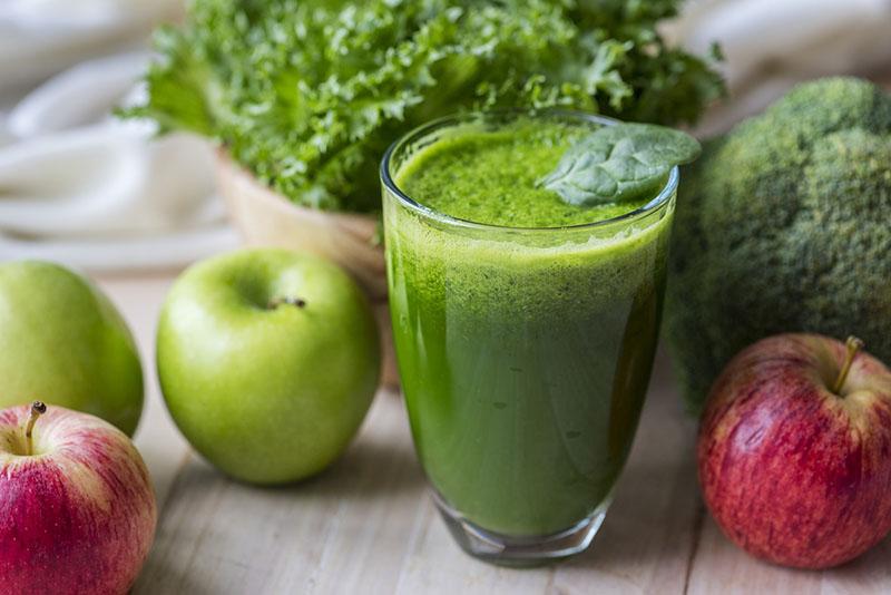 5 trikova koji zeleni smoothie pretvaraju u moćan detoks alat