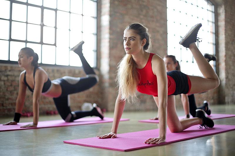 VIDEO: Vježbe koje će očvrsnuti guzu i oblikovati noge (a nisu čučnjevi)