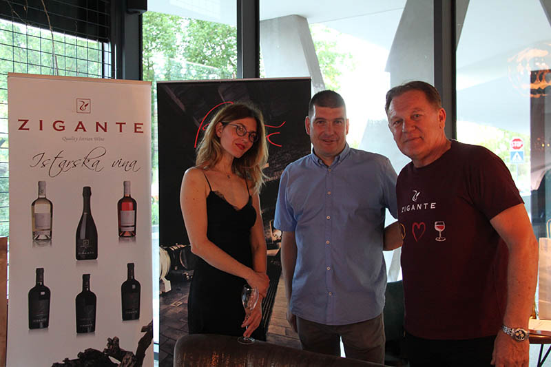 Vino & Kino: Kultne filmske scene popratile predstavljanje vina Petrač i Zigante