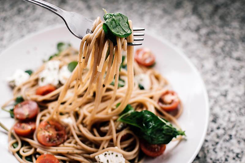 Mediteranska dijeta: Kako izgleda idealan obrok prema smjernicama najzdravijeg načina prehrane?