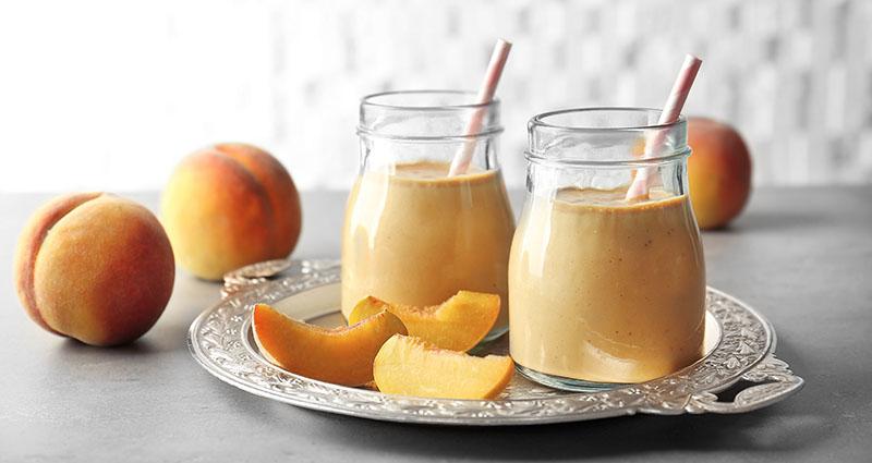 Ljetni smoothie od breskve dolazi uz tajni