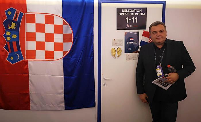 Đuško Ćurlić: Voditelj i džentlmen