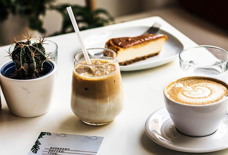 Smoothie s kavom - tvoj omiljeni napitak za razbuđivanje i doručak u jednom