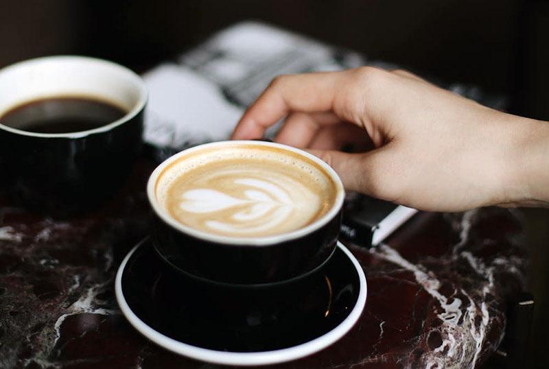 Kavoljupci, pozor: Koliko šalica kave je previše?