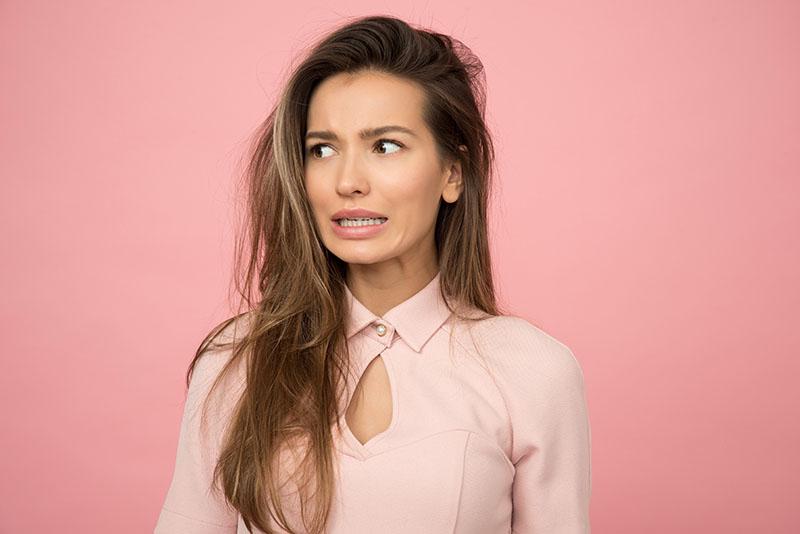 Oštećena i lomljiva kosa? Od grive na glavi dijeli te samo 5 koraka