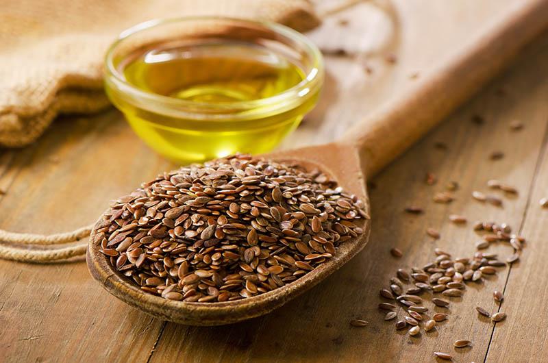 Dr. Jolene Brighten: Obogatite prehranu sjemenkama lana i sezama i ublažite simptome PMS-a