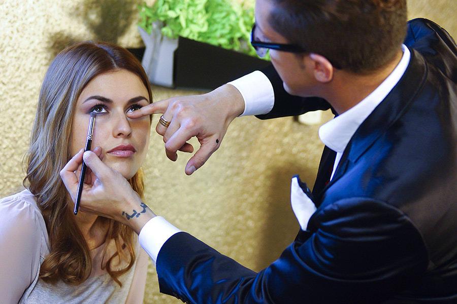 Karim Sattar otkrio tajne profesionalnog make upa