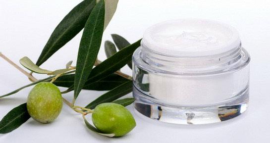 Prirodna kozmetika izvana i iznutra