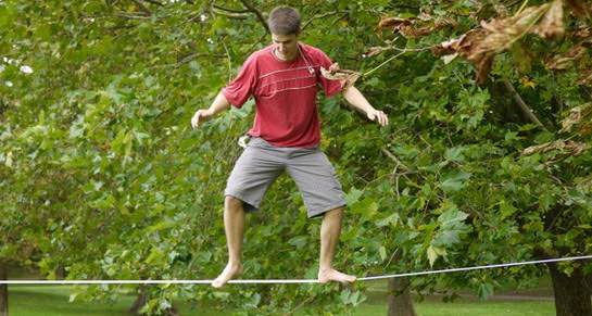 Slackline - uravnotežite se!